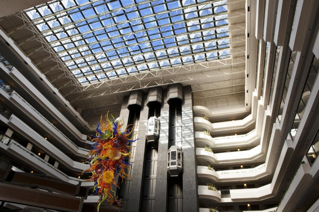 Embassy Suites Los Angeles - International Airport/North - Laterooms