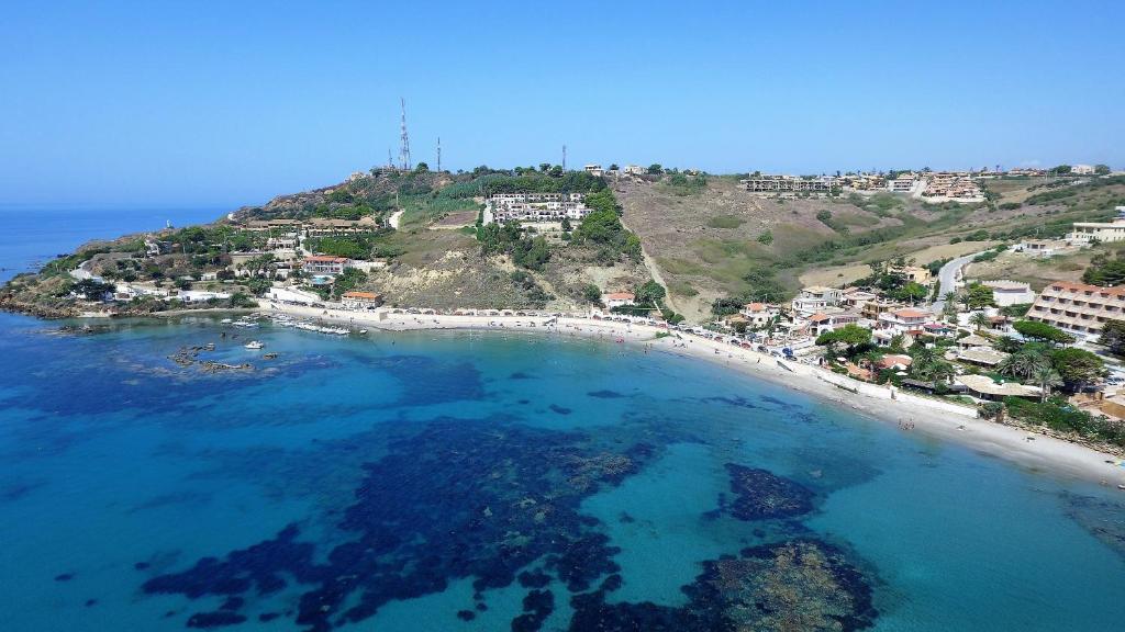 Vista aerea di Residence Capo San Marco & Renella
