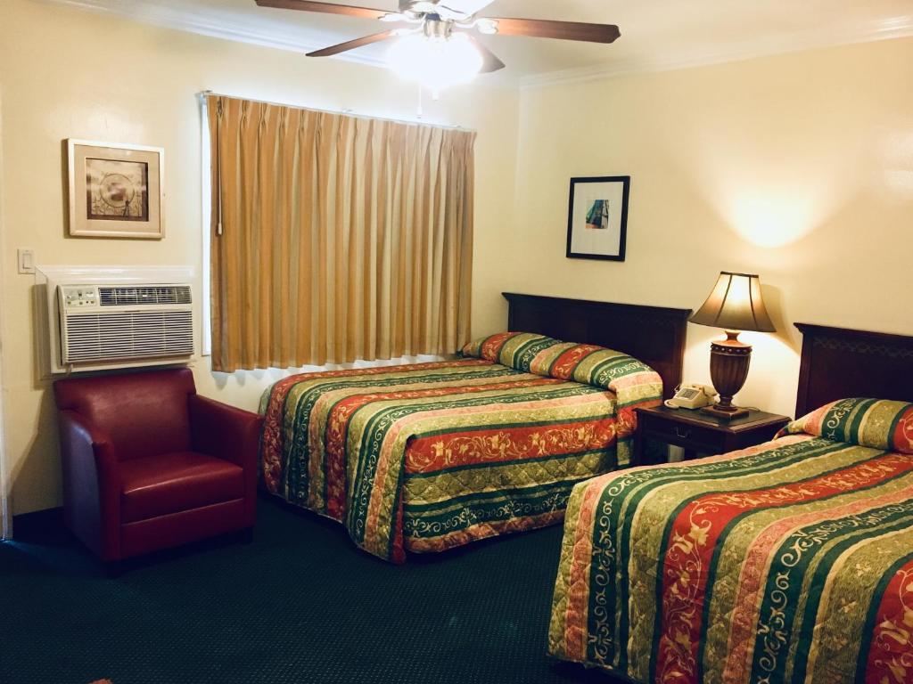 A room at the Los Feliz Motel.
