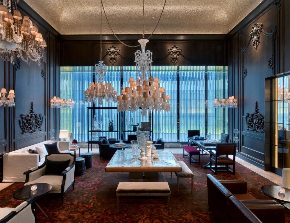 バカラ ホテル & レジデンシズ ニューヨークにあるレストランまたは飲食店