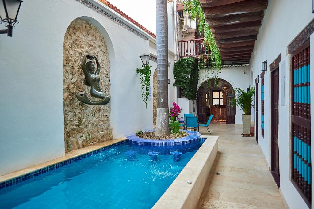 The swimming pool at or near Cartagena Legends