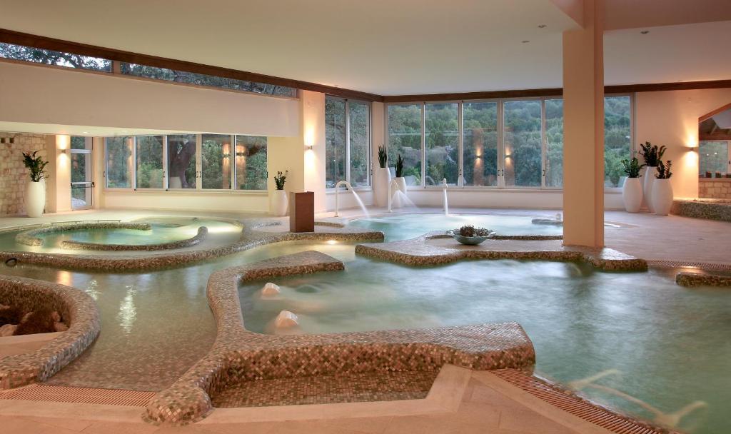 Бассейн в Ayii Anargyri Natural Healing Spa Resort или поблизости
