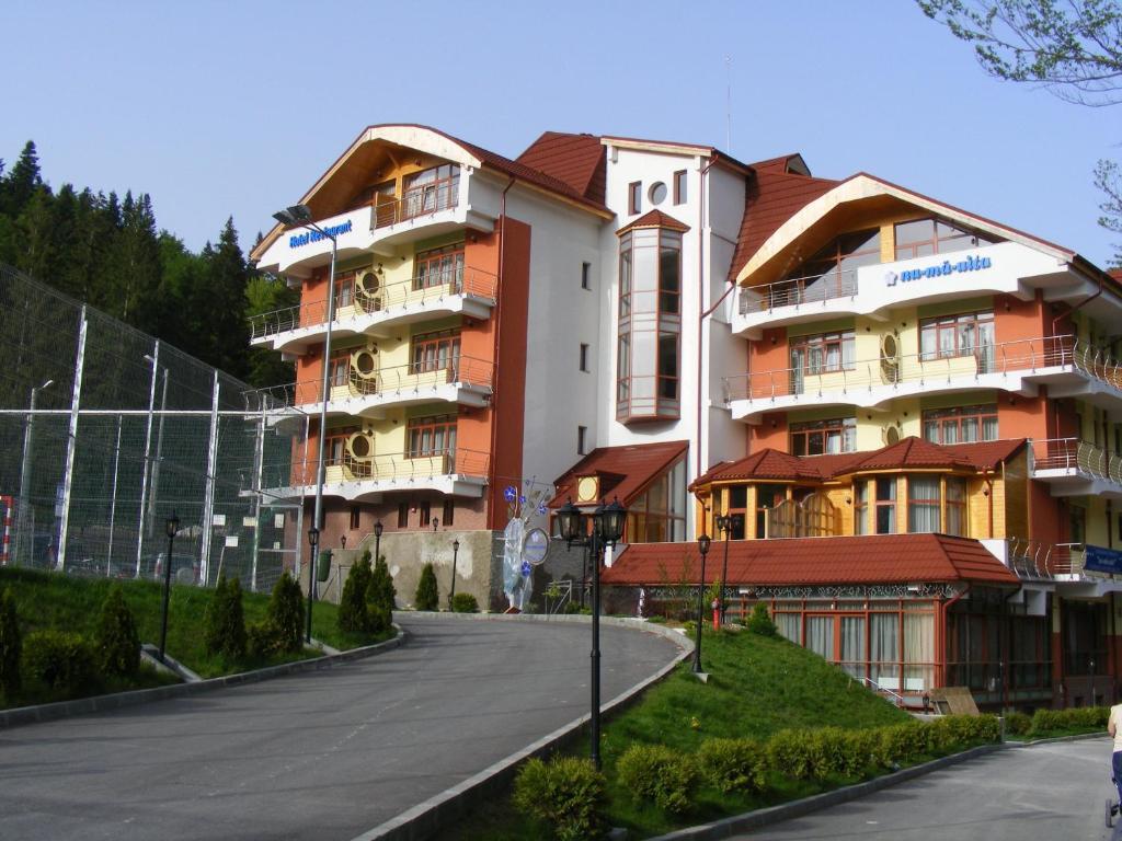 Azuga Ski & Bike Resort Azuga, Romania
