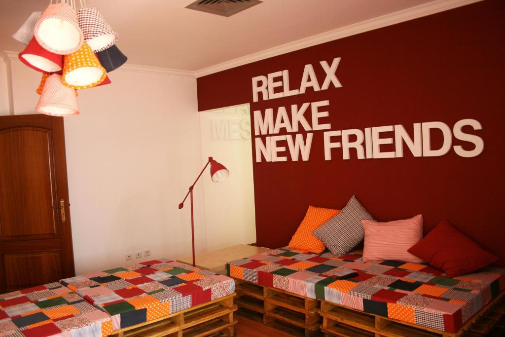 A bed or beds in a room at Hostel 2300 Thomar