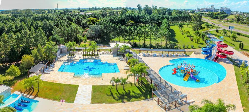 Uma vista da piscina em Hotel San Isidro ou nos arredores