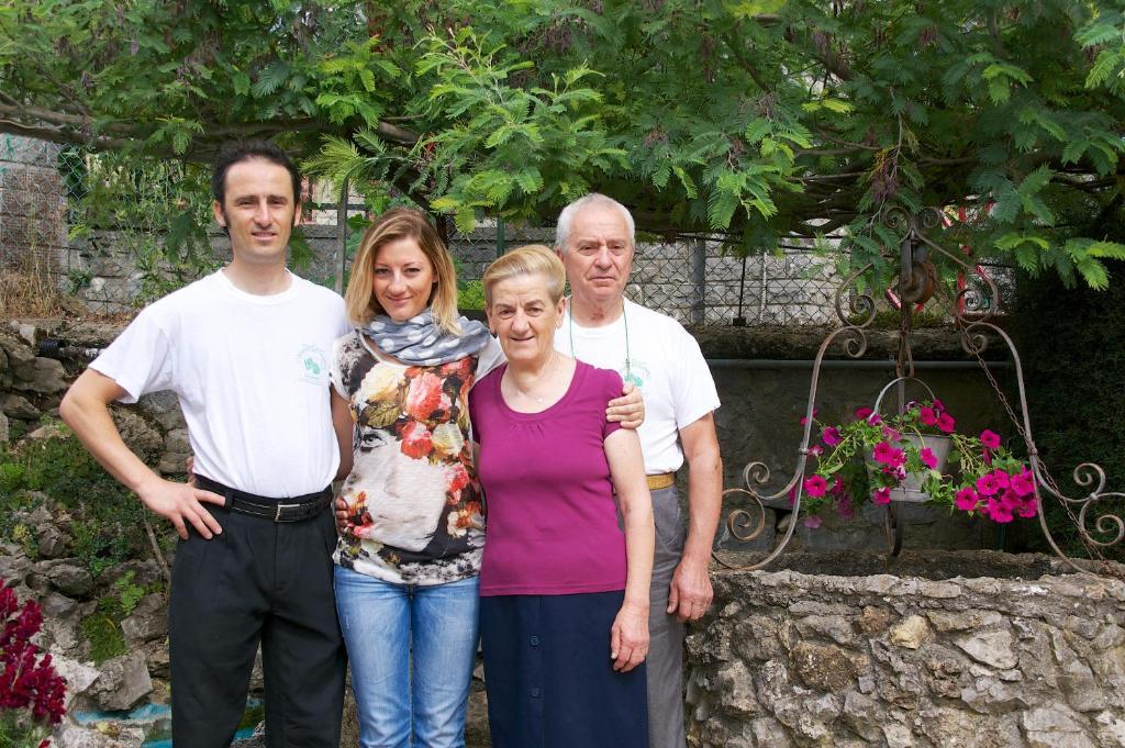 Famiglia che soggiorna presso Madonna del Carmine