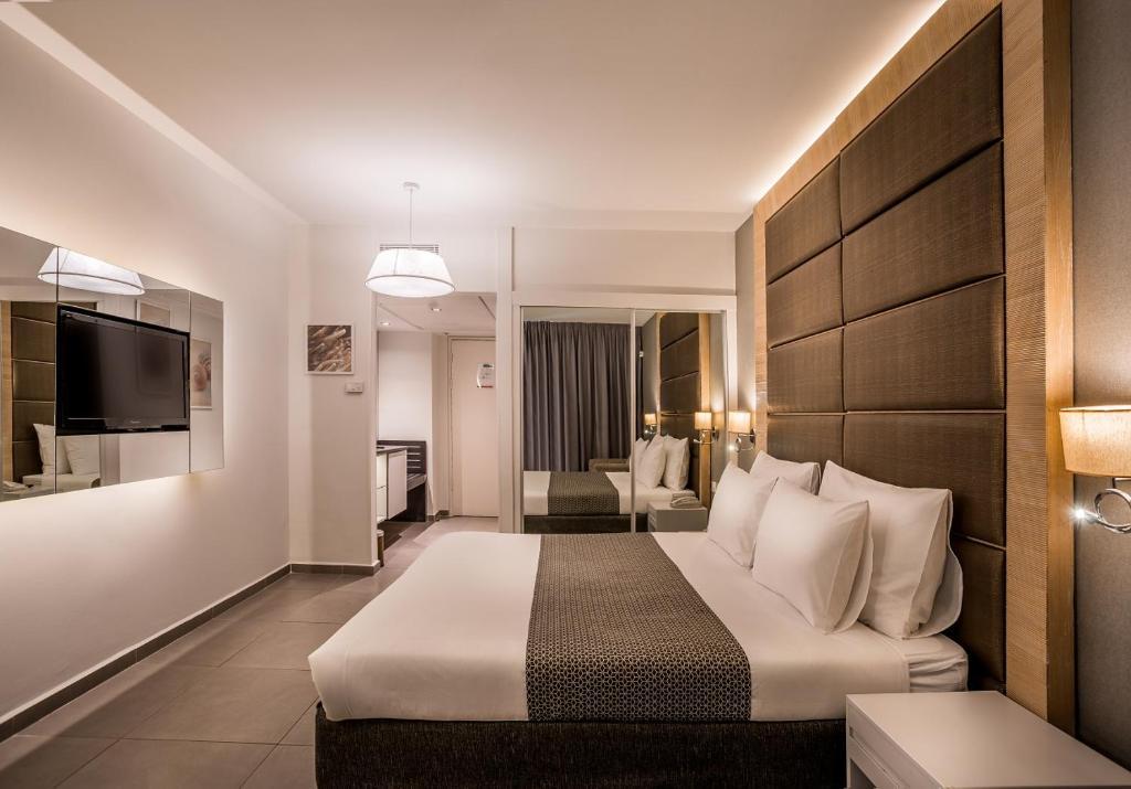 Hotel Astral Nirvana Club- Half Board Premiumにあるベッド
