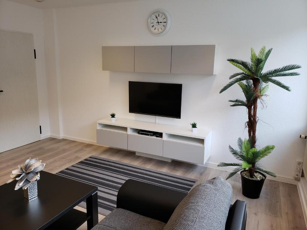 A television and/or entertainment center at Ferienwohnung Central