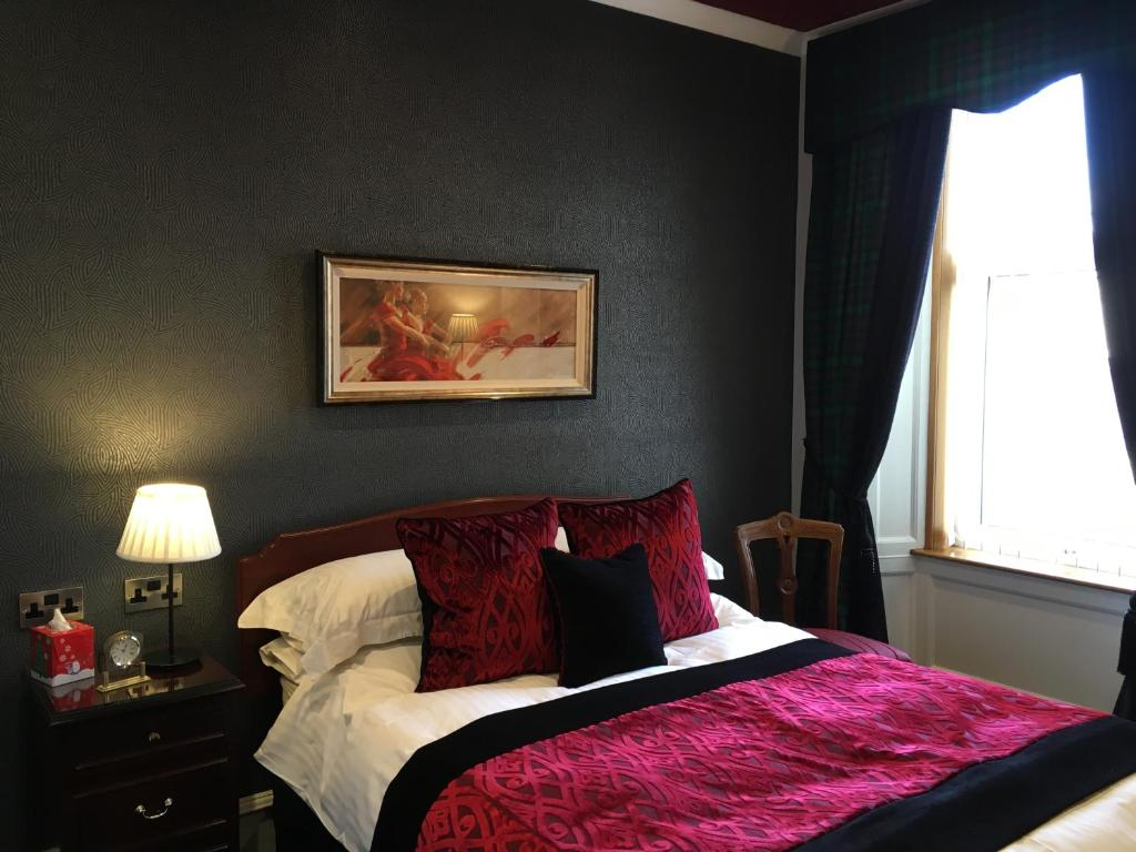 Langley Bank Guest House - Laterooms
