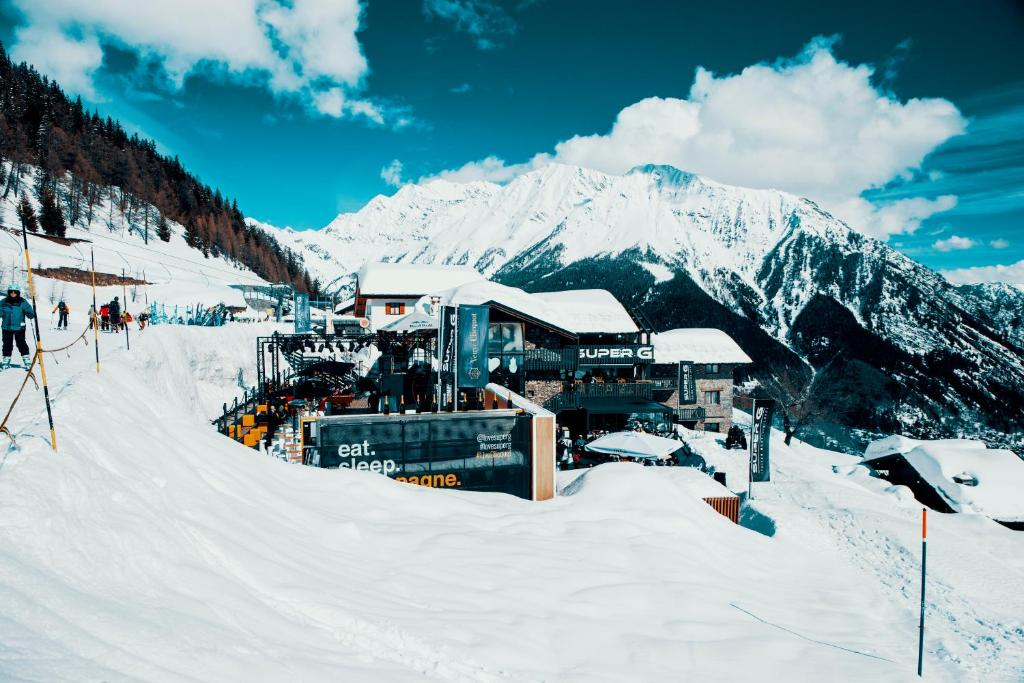 Super G during the winter