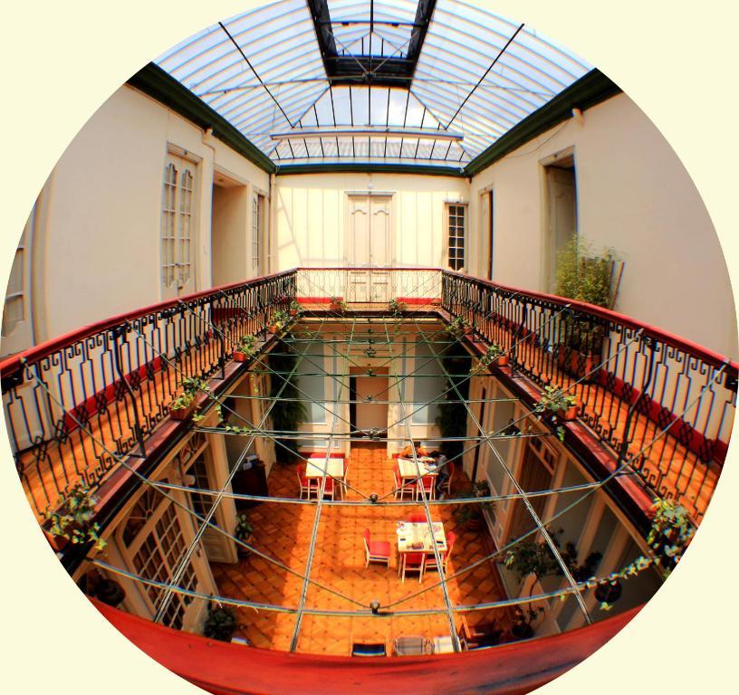 A balcony or terrace at Hostal R10