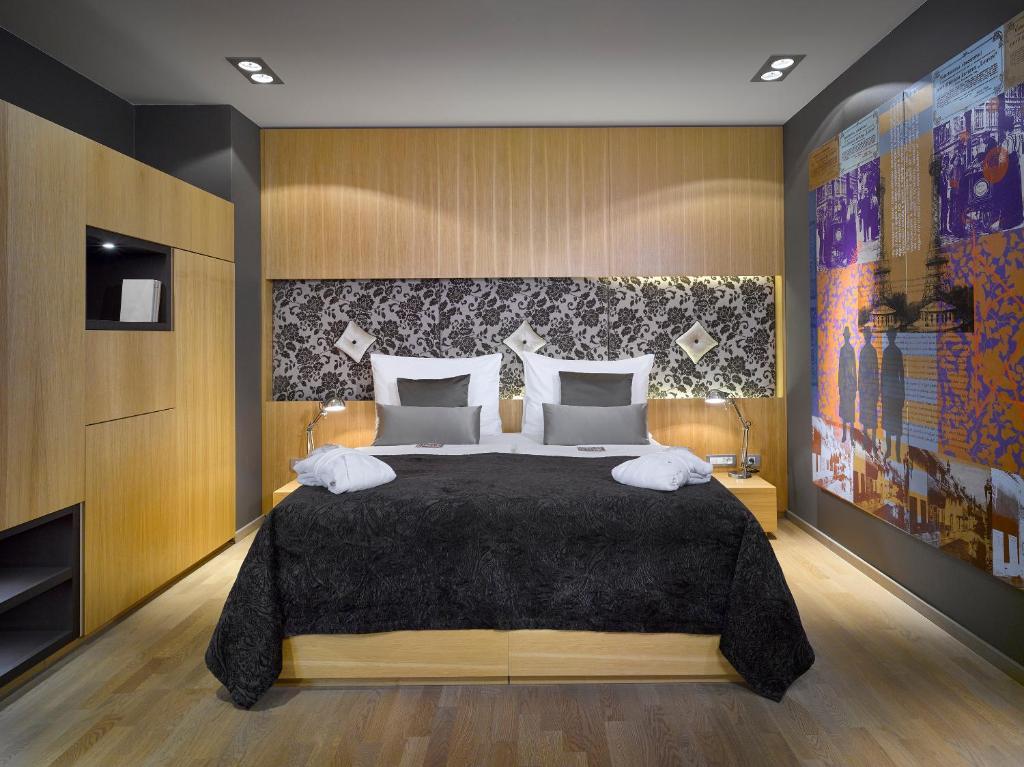 Ein Bett oder Betten in einem Zimmer der Unterkunft INNSiDE by Meliá Prague Old Town