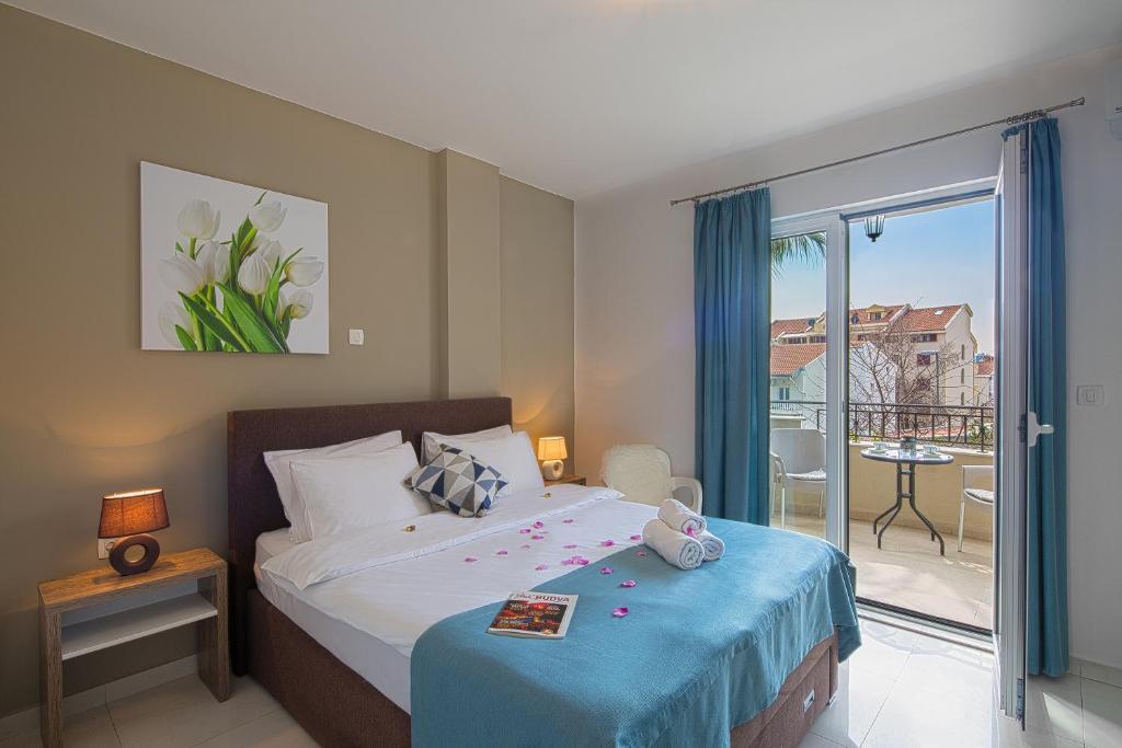 Кровать или кровати в номере Le Marc Guest house
