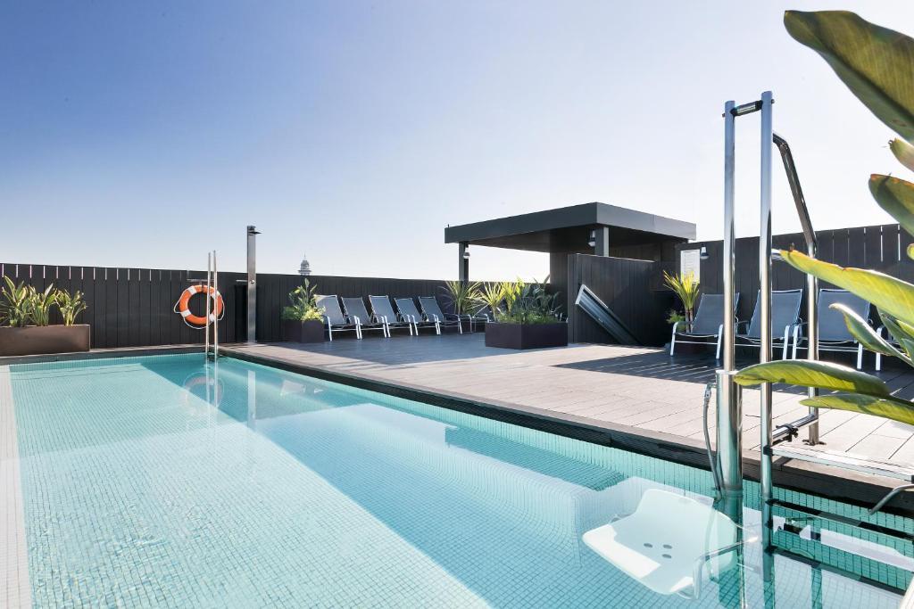 Het zwembad bij of vlak bij Andante Hotel