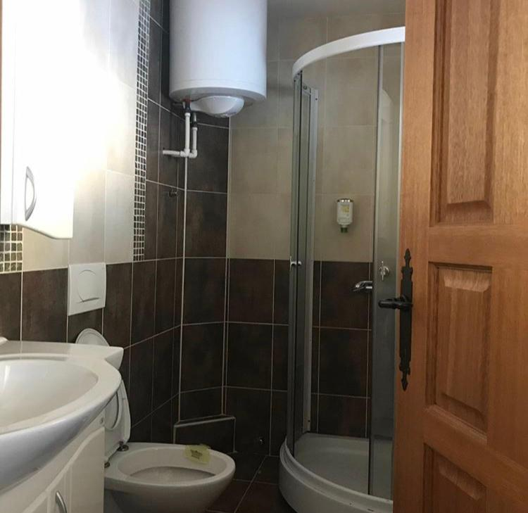 Kupatilo u objektu Villa Popara Kopaonik