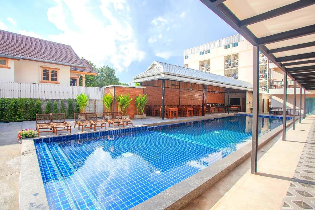 The swimming pool at or near Celosia Chiang Mai