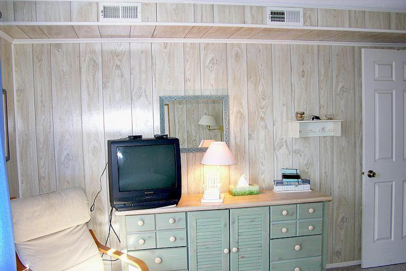 A television and/or entertainment center at Old Wharf 32