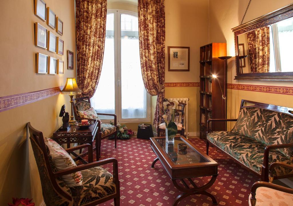Zona de estar de Hotel Villa de Luarca