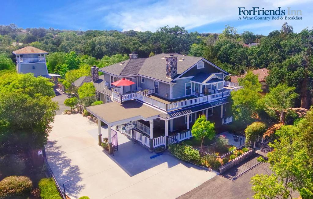 A bird's-eye view of ForFriends Inn Wine Country Bed and Breakfast