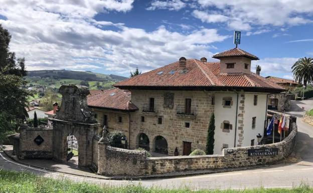 Palacio de Arce Puente Arce, Spain