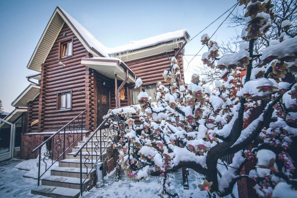 Гостинично-банный комплекс Малина зимой