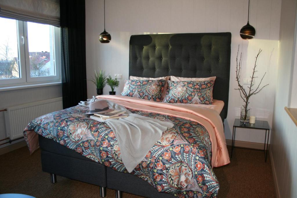 Ein Bett oder Betten in einem Zimmer der Unterkunft Sadama street Villa