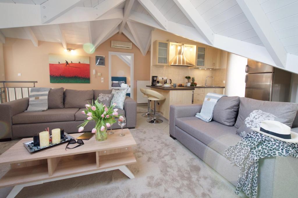 Area soggiorno di Vinieris Villas - Lagoon Diamond Loft