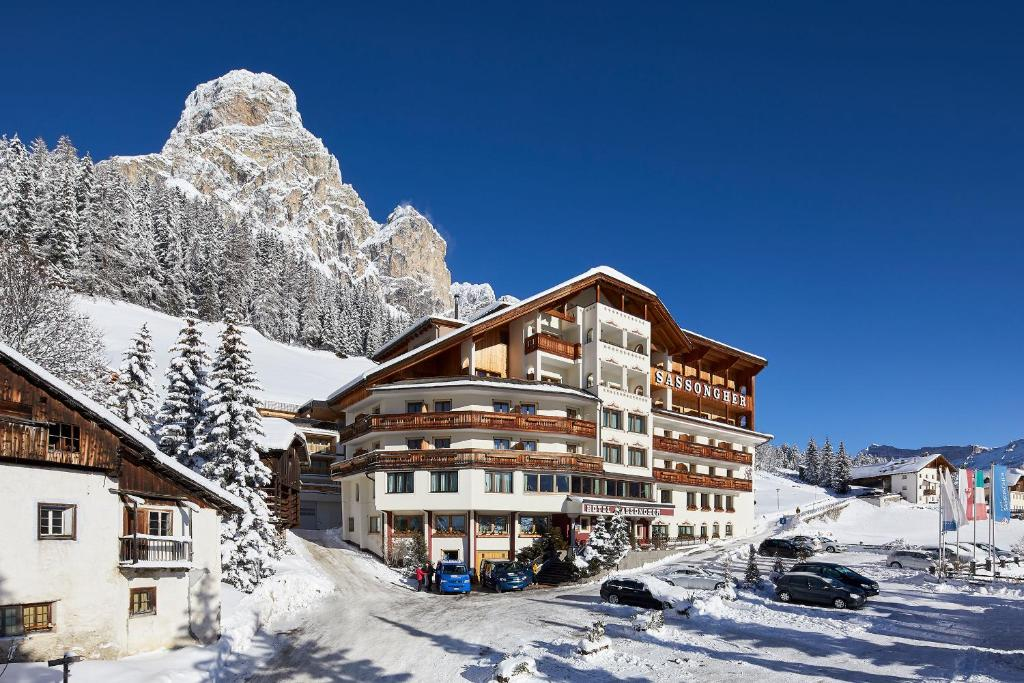 Hotel Sassongher during the winter