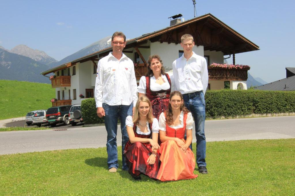 A family staying at Studlerhof