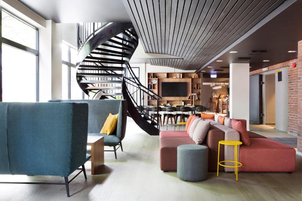 The lounge or bar area at Comfort Hotel Bergen