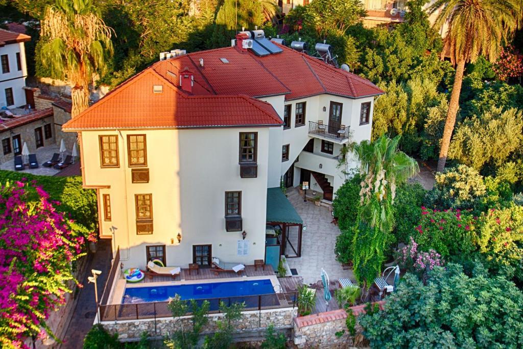 A bird's-eye view of Deja Vu Hotel