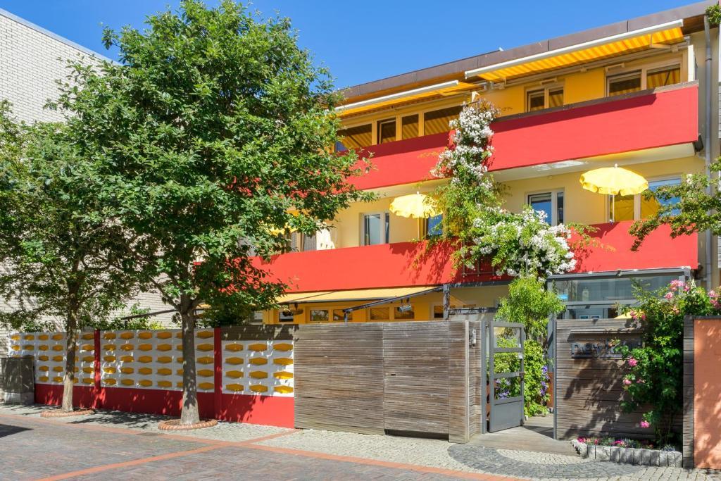 Haus Dreimaster: Single-Wohnung ohne Sitzgruppe, Norden – Aktualisierte Preise für