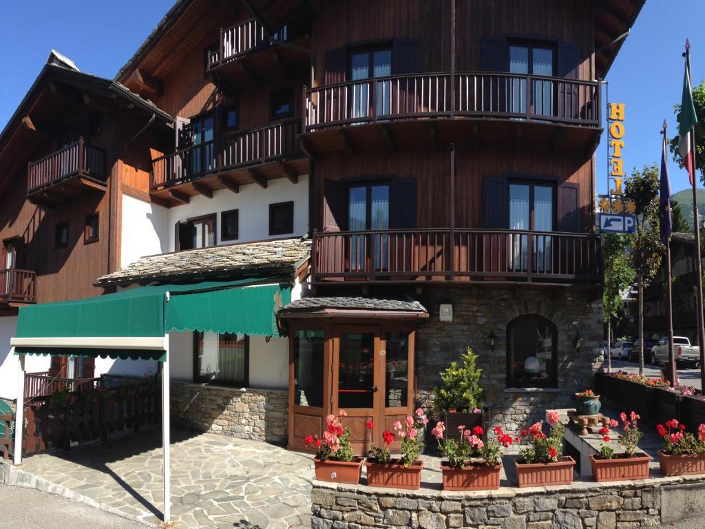 Hotel Triolet Courmayeur, Italy
