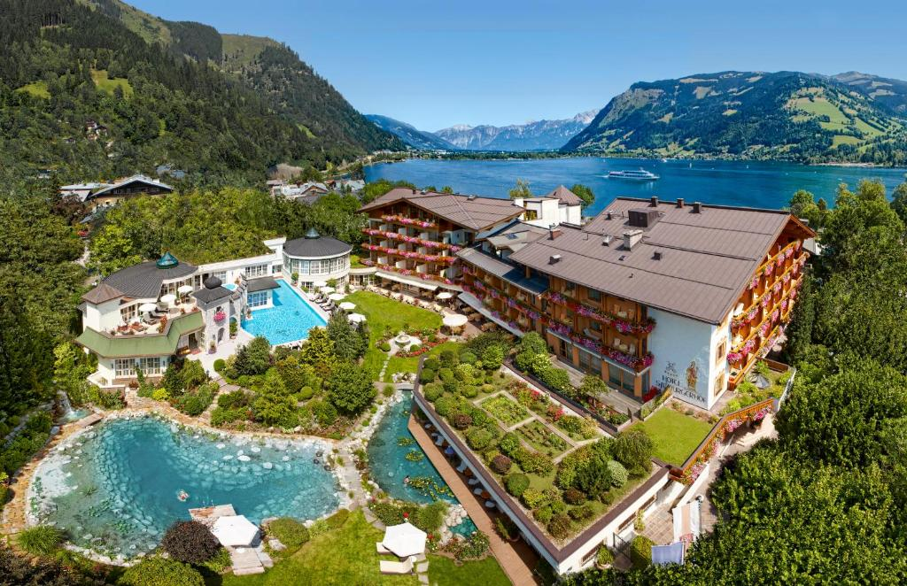 A bird's-eye view of Salzburgerhof Wellness-, Golf- und Genießerhotel