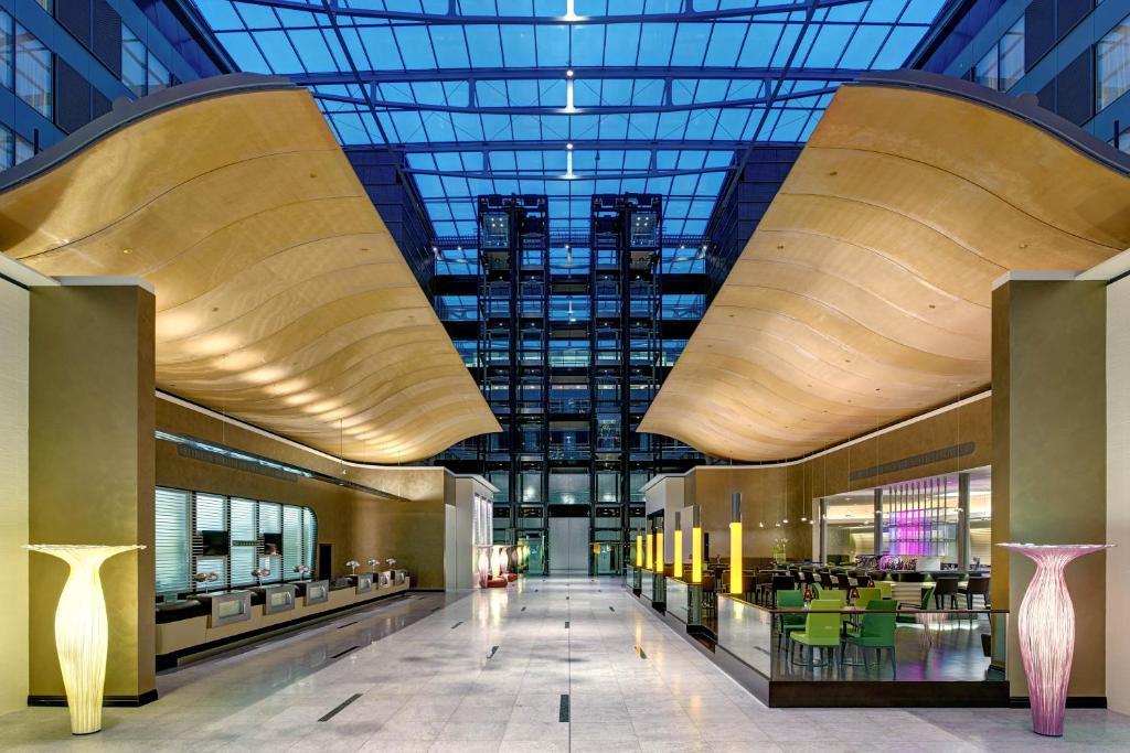 Hilton Frankfurt Airport - Laterooms