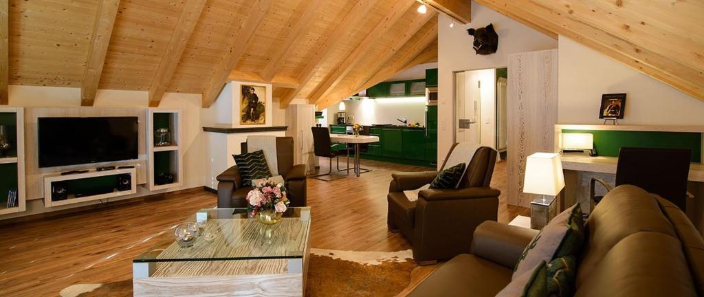 Ein Sitzbereich in der Unterkunft Oberstdorfer Residenz 1