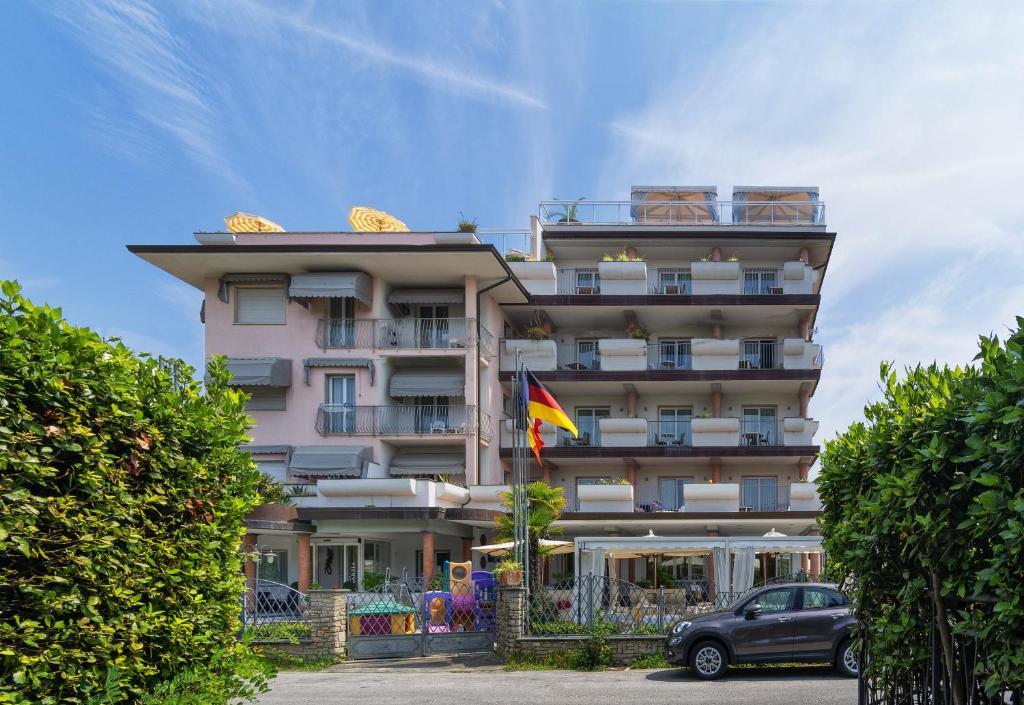Hotel Residence Villa Marzia Marina di Pietrasanta, Italy