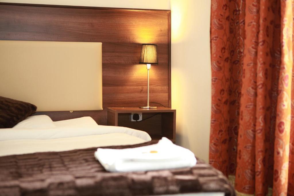 Kingston Hotel - Laterooms