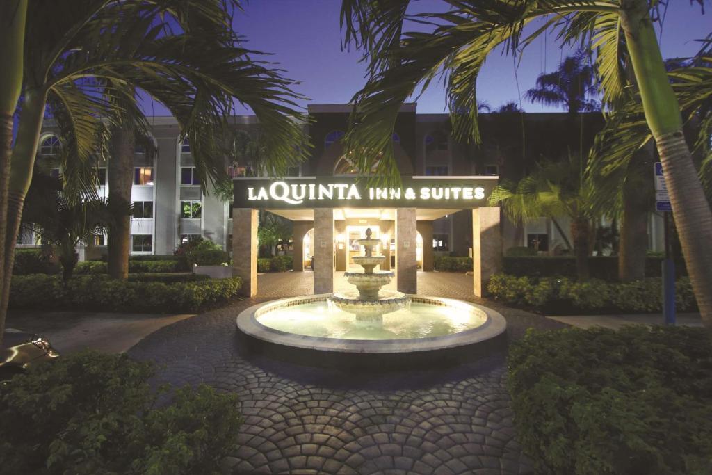 La Quinta by Wyndham Coral Springs South