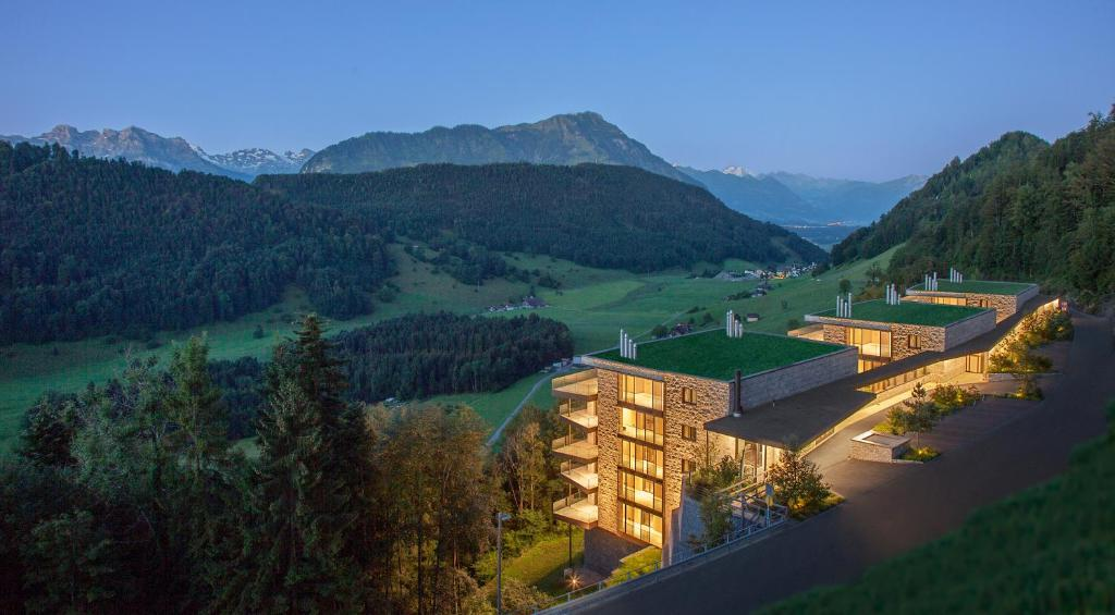 Blick auf Bürgenstock Residences Suites aus der Vogelperspektive