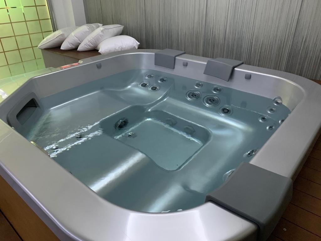 A bathroom at Hotel Sila