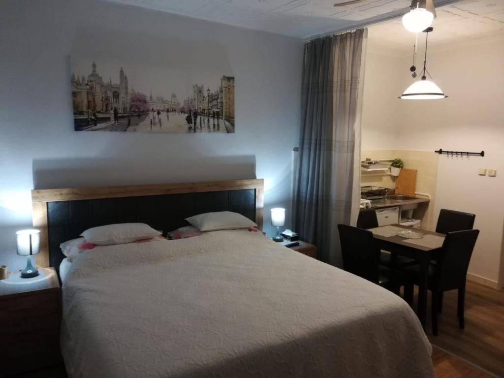 Postel nebo postele na pokoji v ubytování Rodinný Penzion Karin