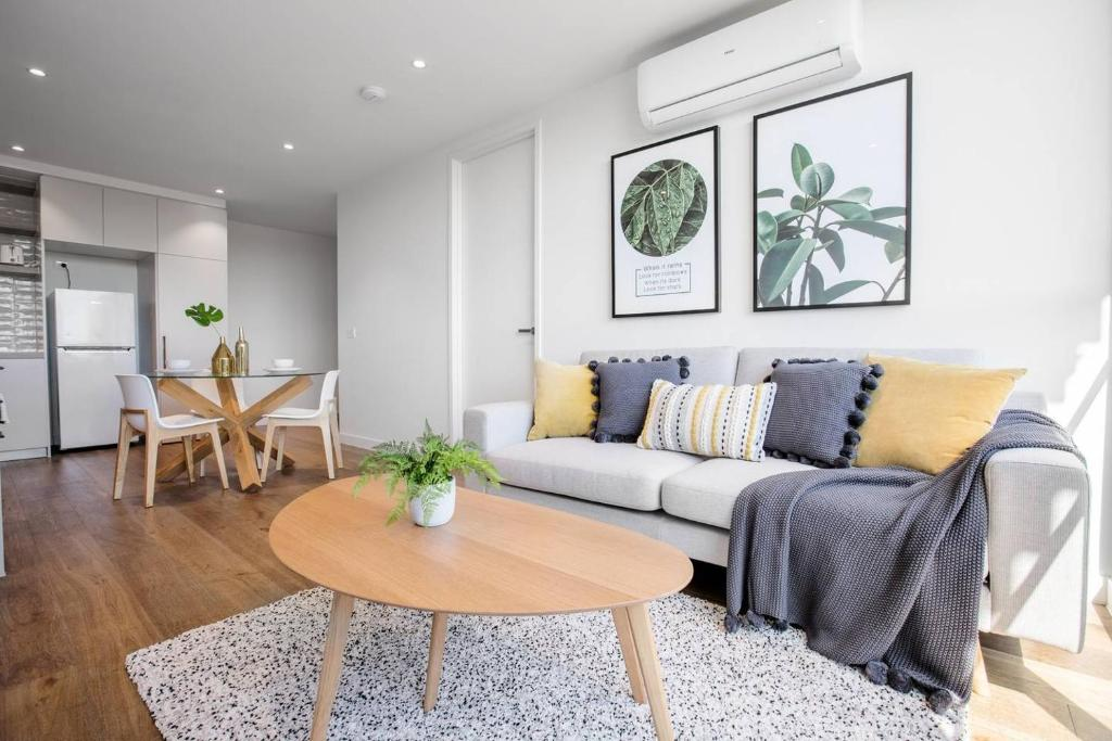 A seating area at 61*Boutique one-bedroom*Boxhill Central*Mall