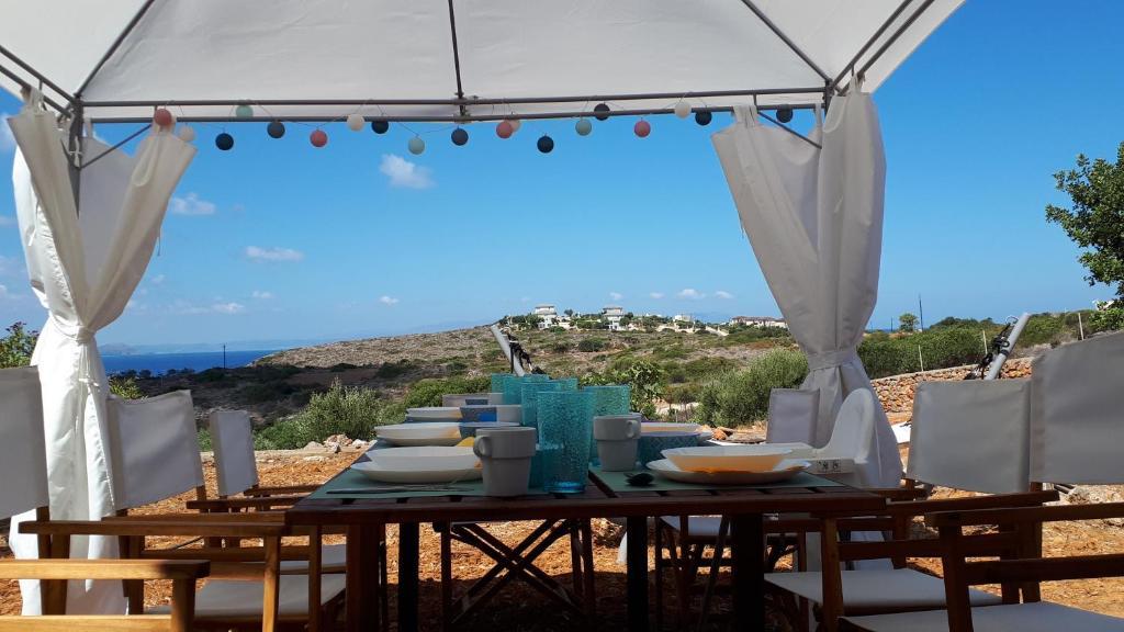 Ristorante o altro punto ristoro di Matthaios Tranquility Villas