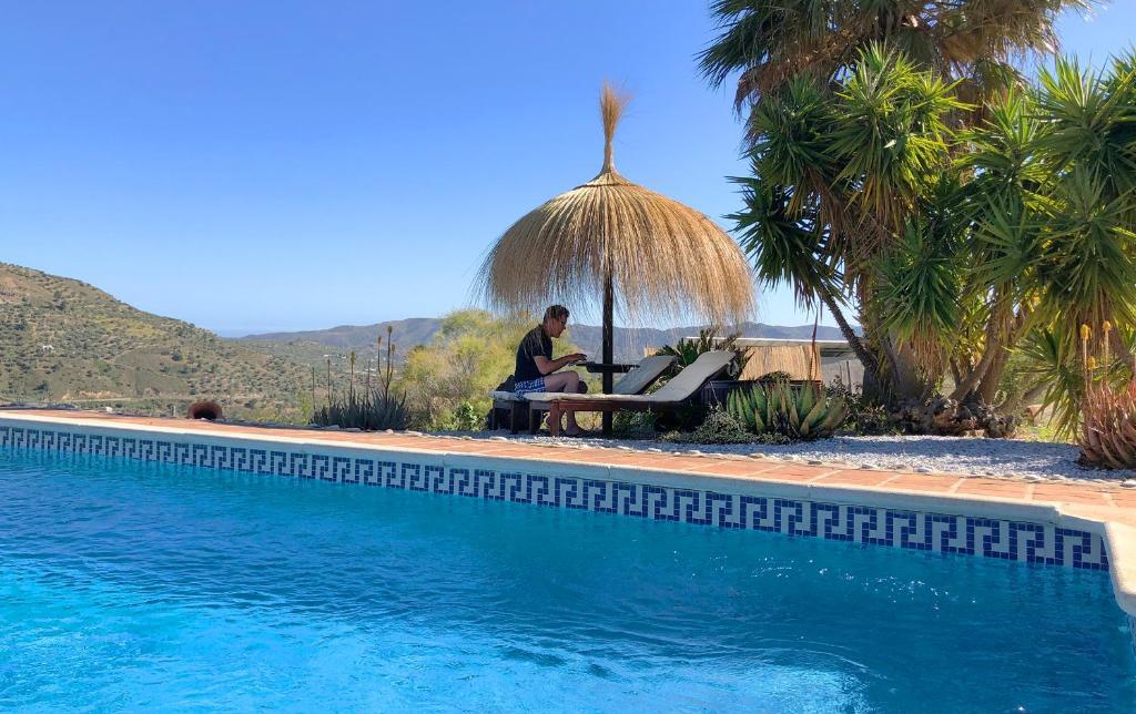 Der Swimmingpool an oder in der Nähe von La Perla Andaluza