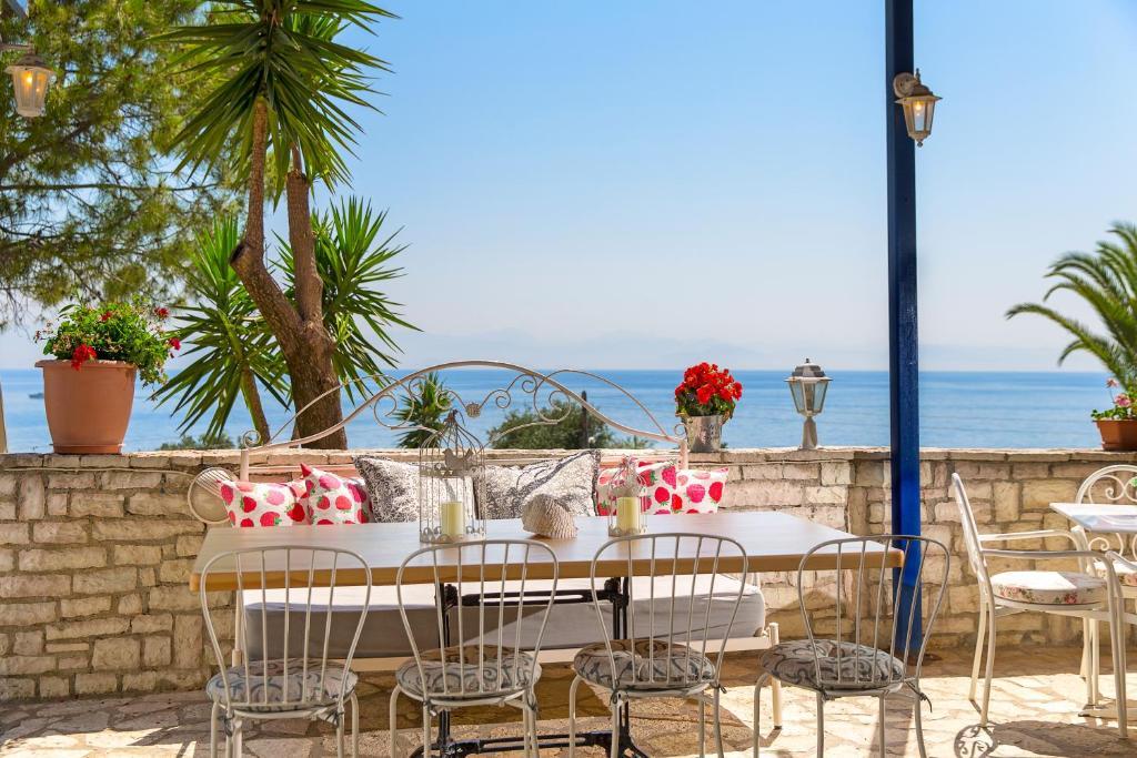 Aurora Hotel Agios Ioannis Peristeron, Greece