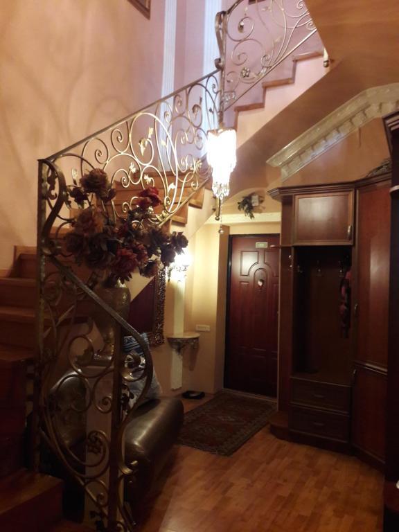 O saguão ou recepção de AZADLIG Avenue 5 Apatment 4 bedrooms