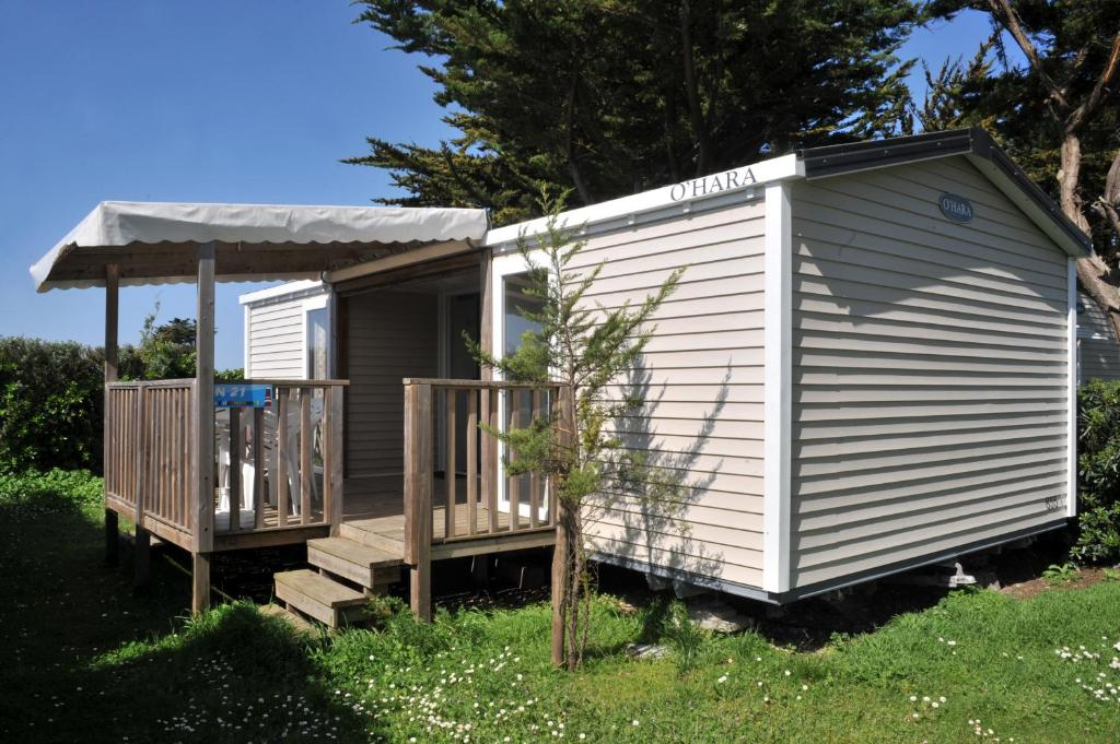 The building in which the campsite is located