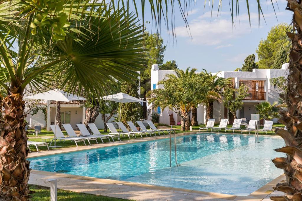 Cala Llenya Resort Ibiza