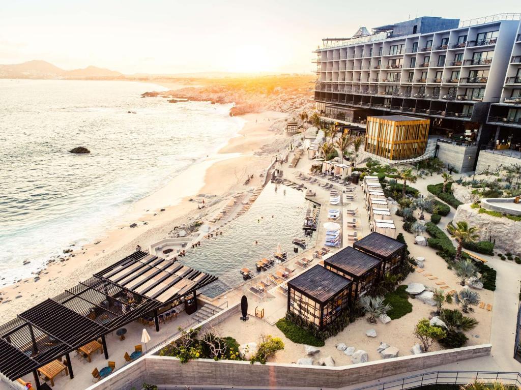 Uma vista aérea de The Cape - a Thompson Hotel
